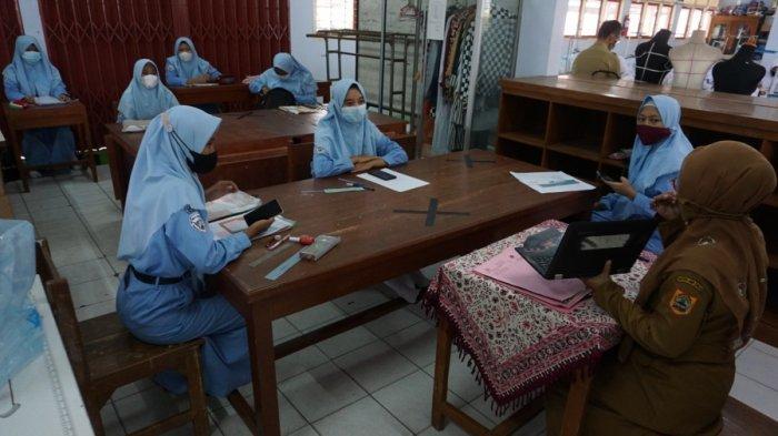 Pelajar Belum Jadi Sasaran Prioritas Vaksinasi di Batang, Dinkes: 18 Tahun Masuk Kelompok Umum