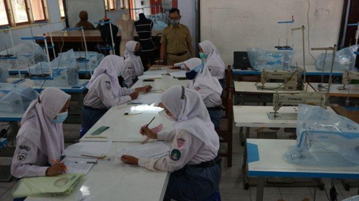 Sekolah di Batang Ingin Ada Percepatan Vaksinasi untuk Pelajar, Suroso: Mereka Rindu PTM
