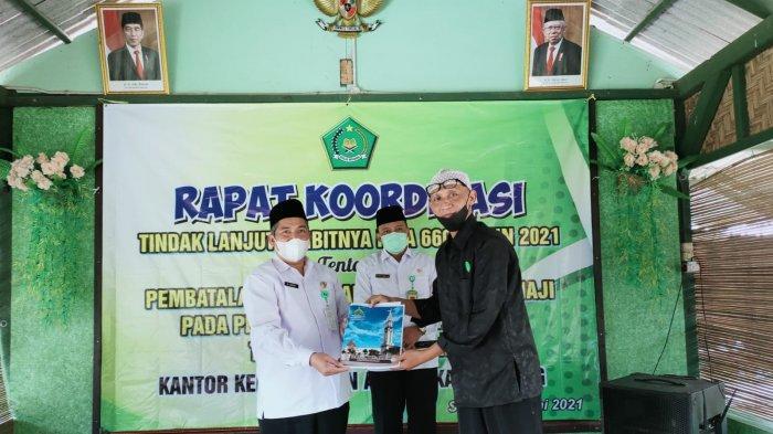 Halaqoh Kebangsaan Batang dan FK KBIHU Terus Kawal Pembangunan Islamic Center