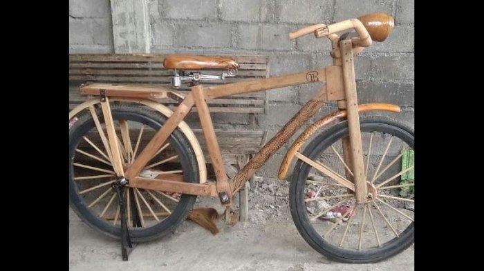 Demam Gowes, Warga di Eks Karisidenan Solo Ini Bikin Sepeda Kebo dari Kayu, Dijual Seharga Ini