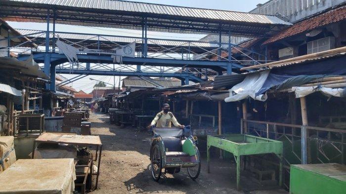 Doa Pedagang saat Pasar Tradisional di Tegal Ditutup: Mudah-mudahan Satu Hari Saja