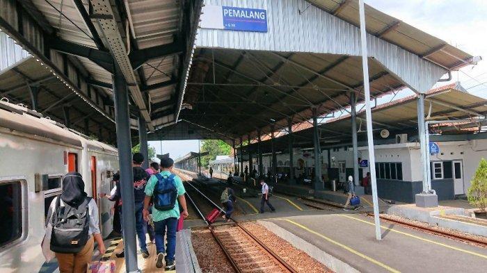 H-10 Lebaran Tak Ada Lonjakan Penumpang di Stasiun Pemalang, Daop 4: Rata-rata 250 Orang Per Hari