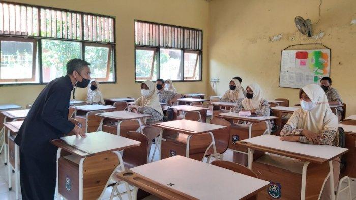 Siswa SMPN 6 Tegal Cerita Jenuhnya Belajar Daring di Rumah, Kini Senang Bisa Kembali Ikuti PTM