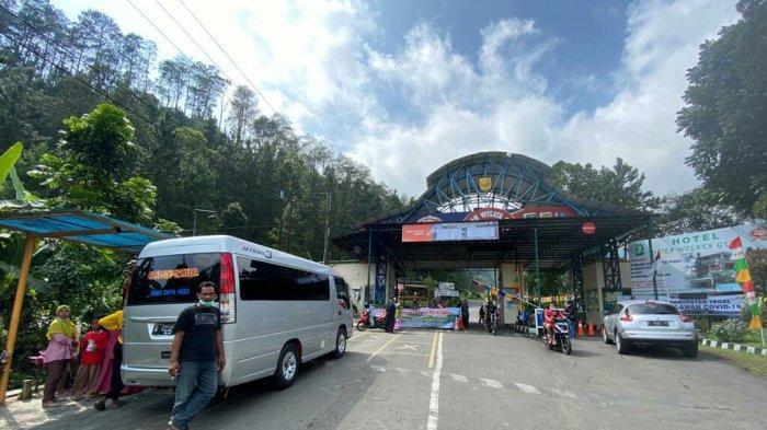 Banyak Pengunjung Tidak Mengetahui Objek Wisata Guci Tegal Tutup Sementara