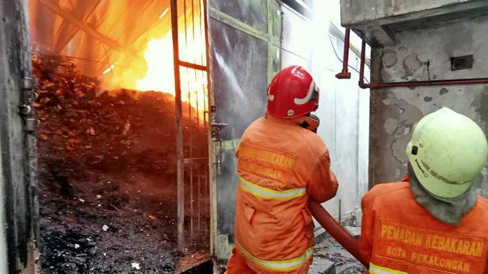 Gedung UPT Logam Purbalingga Terbakar, Satu Orang Meninggal Dunia