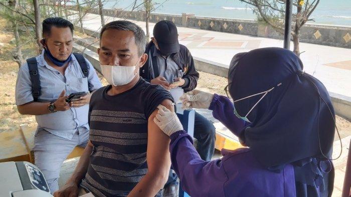 Pengin Rasakan Wisata Vaksin Terapung? Datang Saja ke Pantai Alam Indah Tegal, Syaratnya Bawa Ini