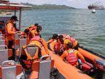 basarnas-evakuasi-korban-tenggelam-kapal-pengayoman-nusakambangan.jpg
