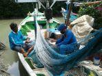 nelayan-asal-desa-munjung-agung-kecamatan-kramat-kabupaten-tegal-paing-60.jpg