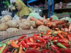 pedagang-sayuran-dan-bumbu-dapur-di-pasar-suradadi-kabupaten-tegal.jpg