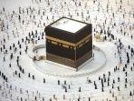umat-muslim-mengitari-kabah-saat-melakukan-tawaf-kabah-masjidil-haram.jpg