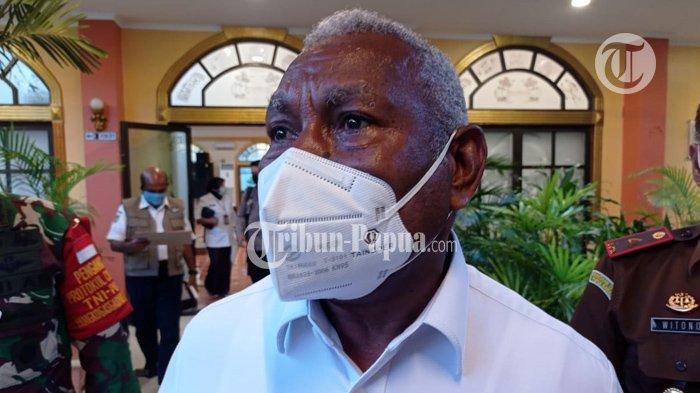 Dominggus Mandacan: Masyarakat Boleh Masuk Asalkan ber-KTP Papua Barat