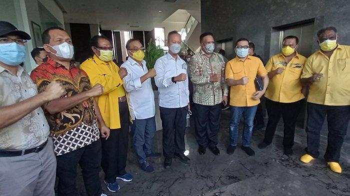 Soal Cawagub Papua, Airlangga Hartarto: Milik Golkar dan Untuk Paulus Waterpauw