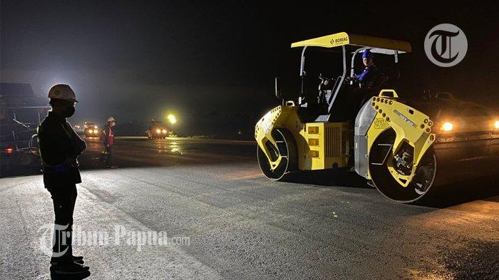 Landasan Pacu Bandara Theys Hiyo Eluay di Permantap Jelang PON XX Papua
