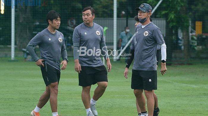 BREAKING NEWS: Tiga Asisten Pelatih Timnas Indonesia Mundur, PSSI Terkecoh ?