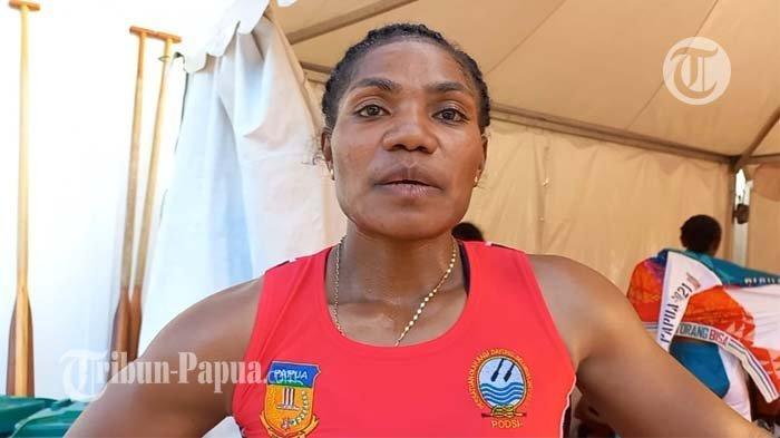 Stevani Mayshe Ibo Sumbang Tiga Emas dan Satu Perunggu untuk Tim Dayung Papua