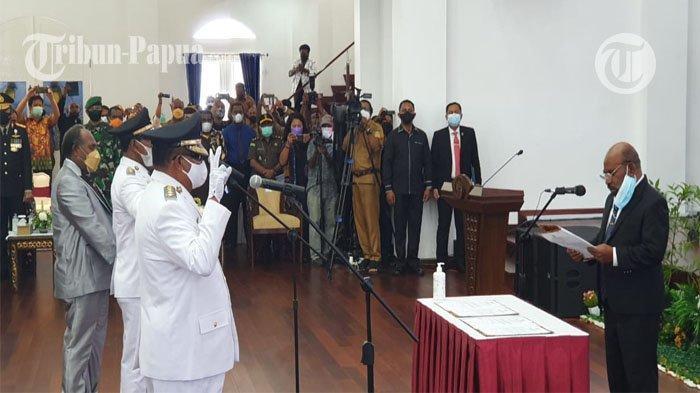 Pasangan Bupati Mamberamo Raya Dilantik, Ini Pesan Gubernur Lukas Enembe