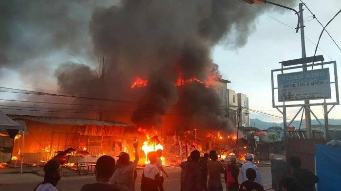 KEBAKARAN - Suasana kebakaran di wilayah Pasar Lama, Abepura, Kota Jayapura, Papua.