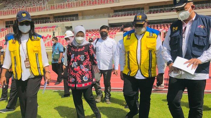Wamen PUPR Jhon Wempi Wetipo Pantau Kesiapan Venue Stadion Lukas Enembe