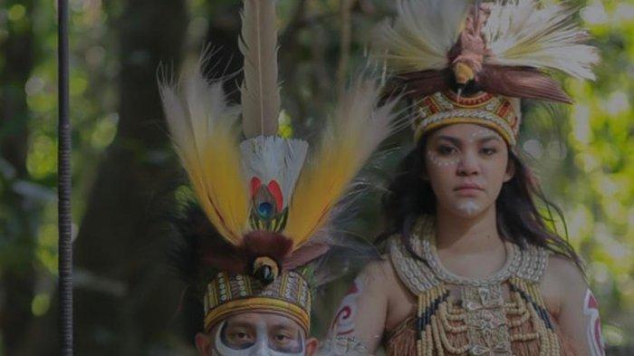 Siapa Iptu Hotma Manurung, Ajudan yang Jadi Anak Mantu Komjen Paulus Waterpauw - 18062021_hotma_raisa_watarpauw.jpg