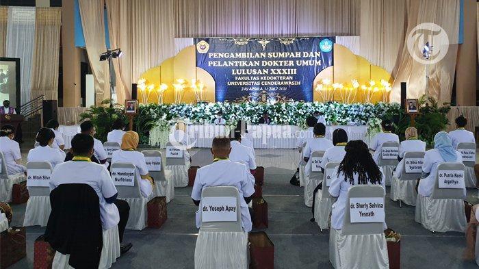 Uncen Jayapura Lantik 56 Dokter Umum untuk Membangun Tanah Papua