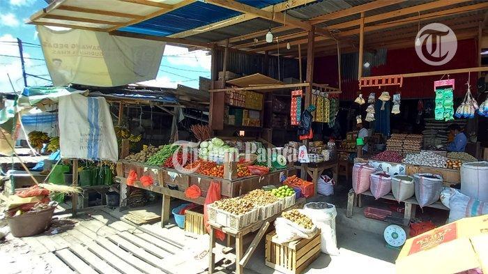 Akibat Covid-19, Omset Pedagang di Pasar Yotefa Abepura Menurun