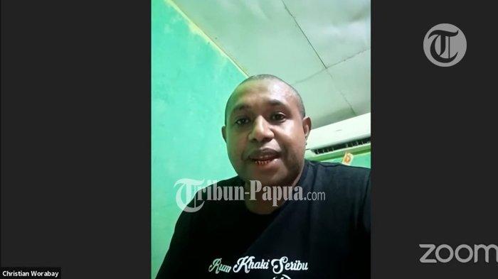 TANGKAPAN LAYAR - Mantan pemain terbaik liga indonesia 2005, Christian Warobay mengatakan legenda hidup Persipura Jack Komboy layak gantikan Ridwan Bento Madubun dari kursi manajemen Persipura saat ini.