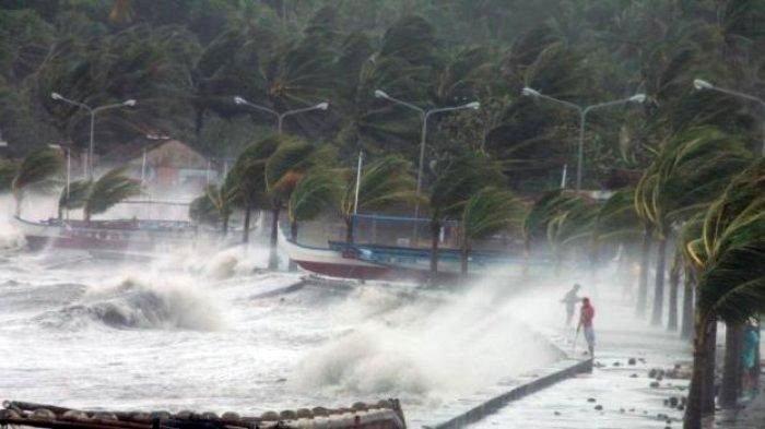 Info BMKG: Waspada Angin Kencang dan Gelombang Tinggi