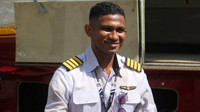 Yosias Andi Arwam, Pemuda Papua Raih Beasiswa hingga Jadi Pilot