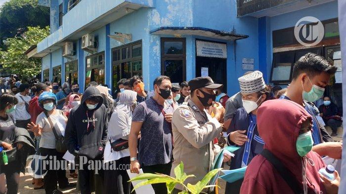 Reagen PCR Habis, Warga Dilarang Keluar dari Papua Barat