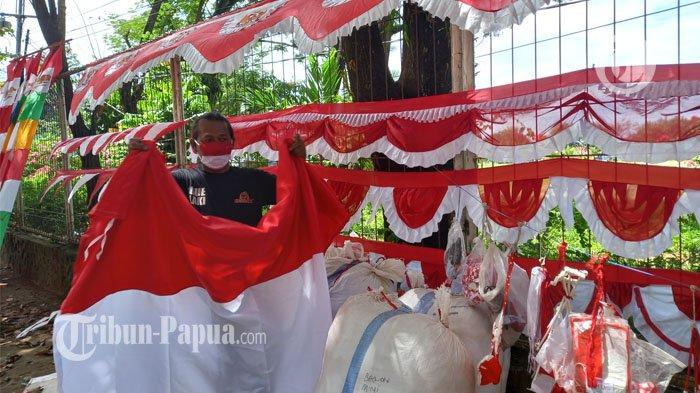 Jelang 17 Agustus Deretan Bendera Merah Putih Mulai Terlihat di Kota Jayapura