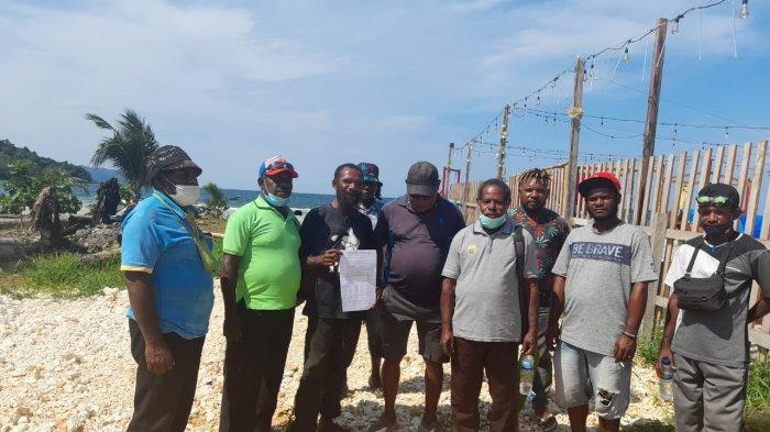 Kecewa Aloysius Giyai Diganti, Tokoh Adat Port Numbay Tuntut Gubernur