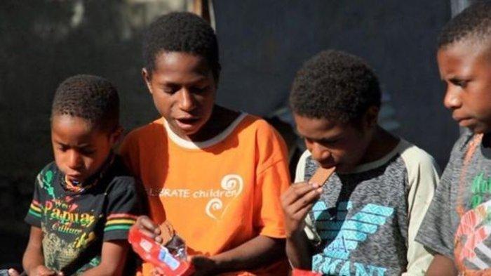 Kemendikbudristek Berikan Beasiswa ADik untuk Mahasiswa di Papua dan Papua Barat