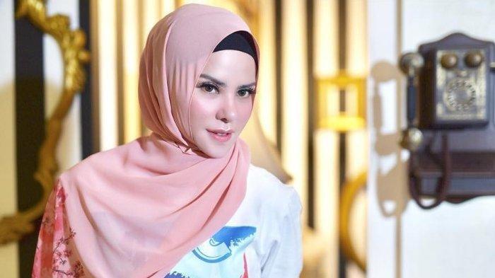 Menangis Dengar Tudingan Pihak Vicky Prasetyo, Angel Lelga Merasa Dijatuhkan: Saya Ini Seorang Ibu