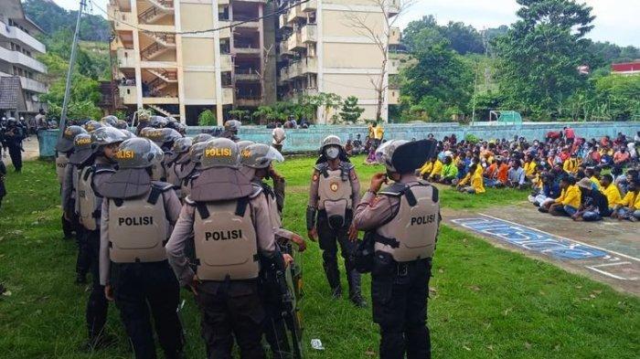 Rektor Uncen Apolo Safanpo: 75 Persen Penghuni Asrama Uncen Papua Bukan Mahasiswa