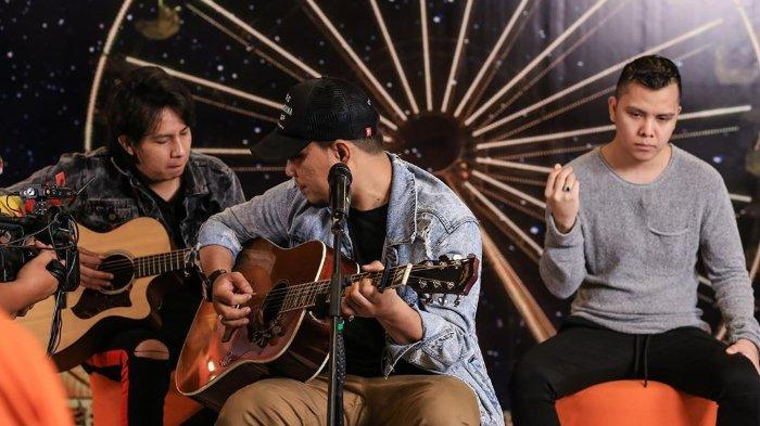 Kunci (Chord) Gitar dan Lirik Lagu 'Harusnya Aku' - Armada, 'Harusnya yang Kau Pilih Bukan Dia'