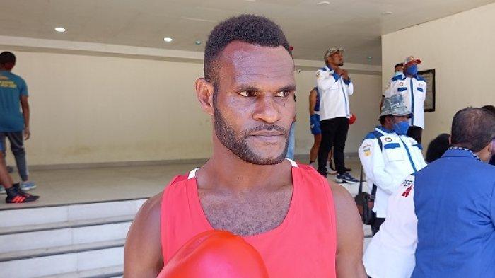 Hendrikus Basikbasik, salah satu atlet tinju asal Papua