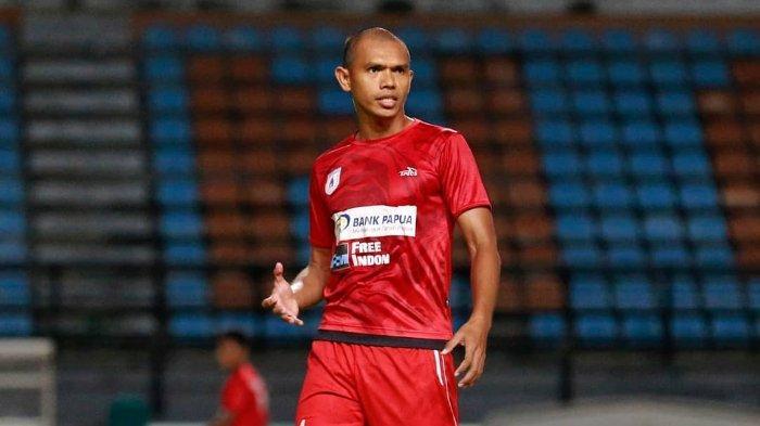Ikut Kursus Pelatih Lisensi B PSSI, Bek Persipura Ricardo Salampessy: Ingin Bantu Sepak Bola Papua
