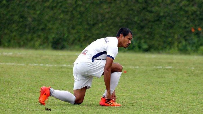 Bek senior Persipura Jayapura Liga 1 2021, Ricardo Salampessy.