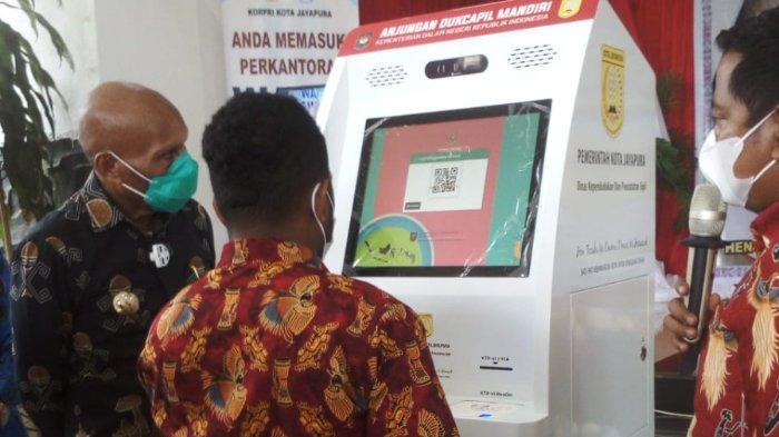 Permudah Pengurusan Dokumen Kependudukan, Dispendukcapil Jayapura Luncurkan Mesin ADM