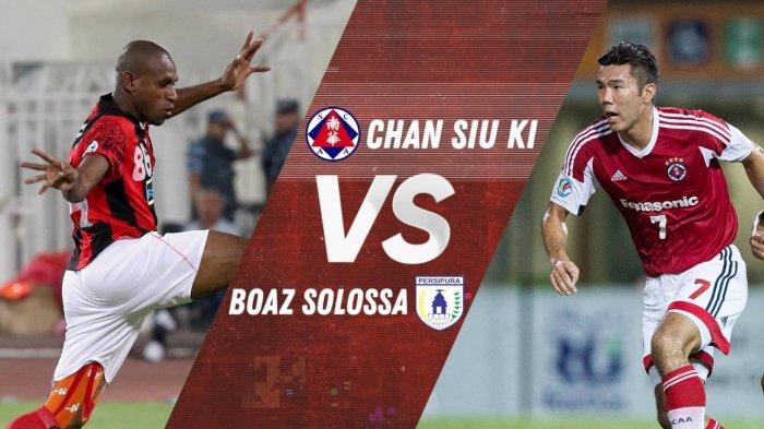 Striker Persipura Boaz Solossa Bertarung dengan Chan Siu Ki dalam Gol Terbaik Piala AFC