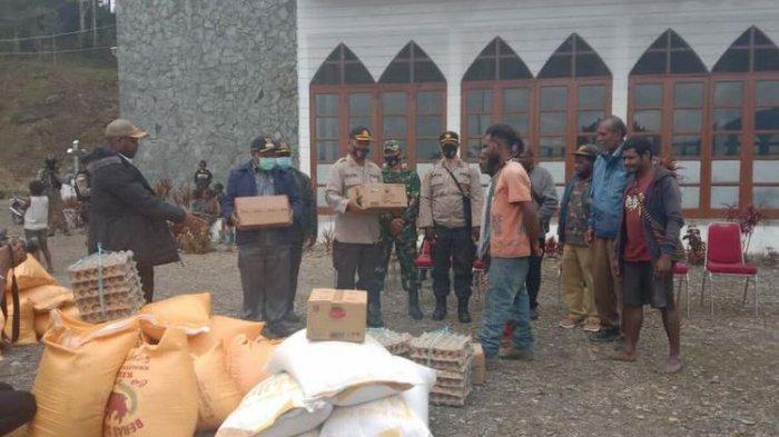 1.000 Warga Intan Jaya Mengungsi ke Gereja, Ketakutan Jadi Korban Konflik Bersenjata TNI Vs KKB