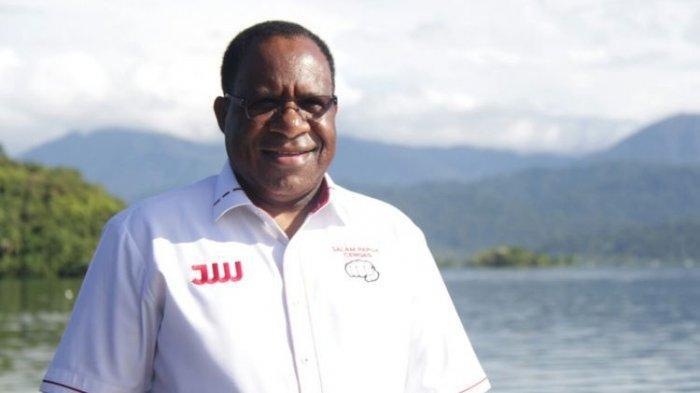 Putra Papua John Wempi Wetipo Resmi Jadi Wamen Dampingi Basuki di Kementerian PUPR