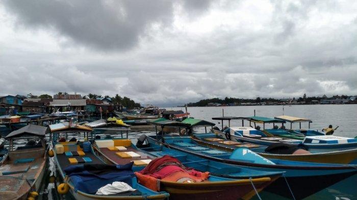Cuaca Ekstrem di Manokwari, Nelayan Enggan Melaut: Jika Hujan dan Ombak, Ikan-ikan Kurang