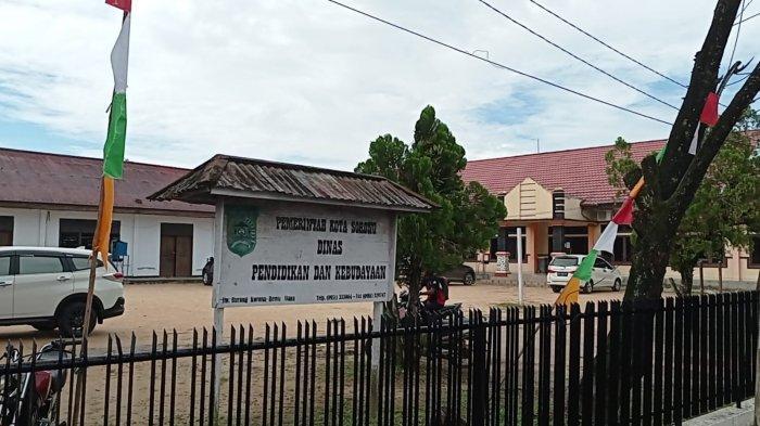 Diduga Korupsi, Kadis dan Bendahara Dinas Pendidikan Kota Sorong Ditangkap Polisi