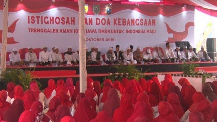 Jelang Pelantikan Presiden dan Wakil Presiden, Ratusan Warga Trenggalek Doa Bersama