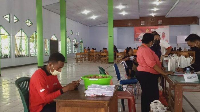 USTJ Bersama PMI Kota Jayapura Gelar Donor Darah