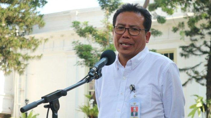 Fadjroel Rachman Sebut Hati-hati jika Kritik Jokowi: Saya Senyum Saja Deh kalau Rocky Gerung Ya