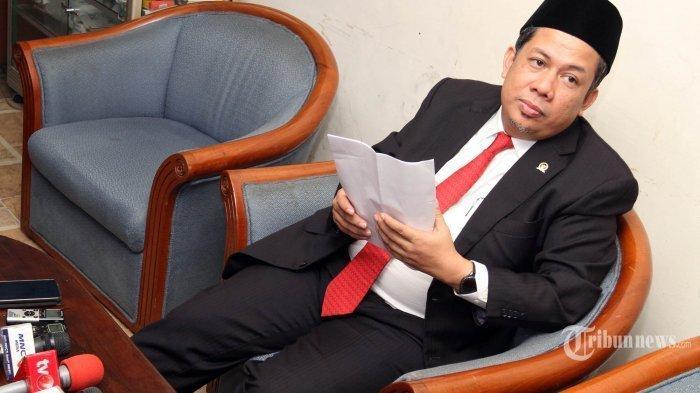 Unggah Foto Sejumlah Uang, Fahri Hamzah Pamerkan Honor Jadi Pembicara di ILC: Terasa Sekali