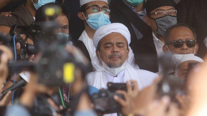 Habib Rizieq Shihab di Polda Metro Jaya bakal menjalani pemeriksaan penyidik terkait kasus pelanggaran protokol kesehatan, Sabtu (12/12/2020).