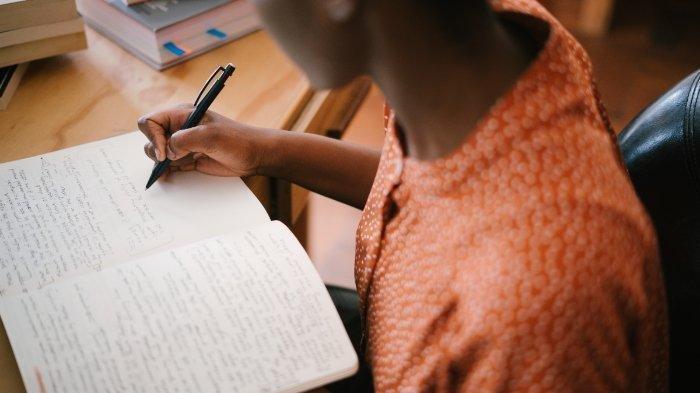 Kunci Jawaban Buku Tematik Tema 9 Kelas 5 SD: Benda dalam Kegiatan Ekonomi